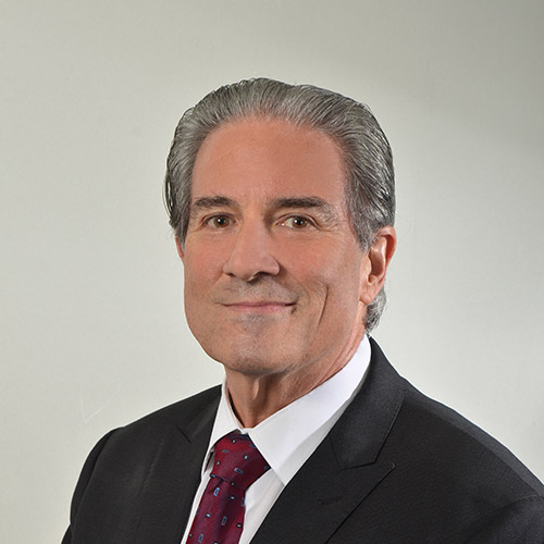 Dr. Fernando Boyd